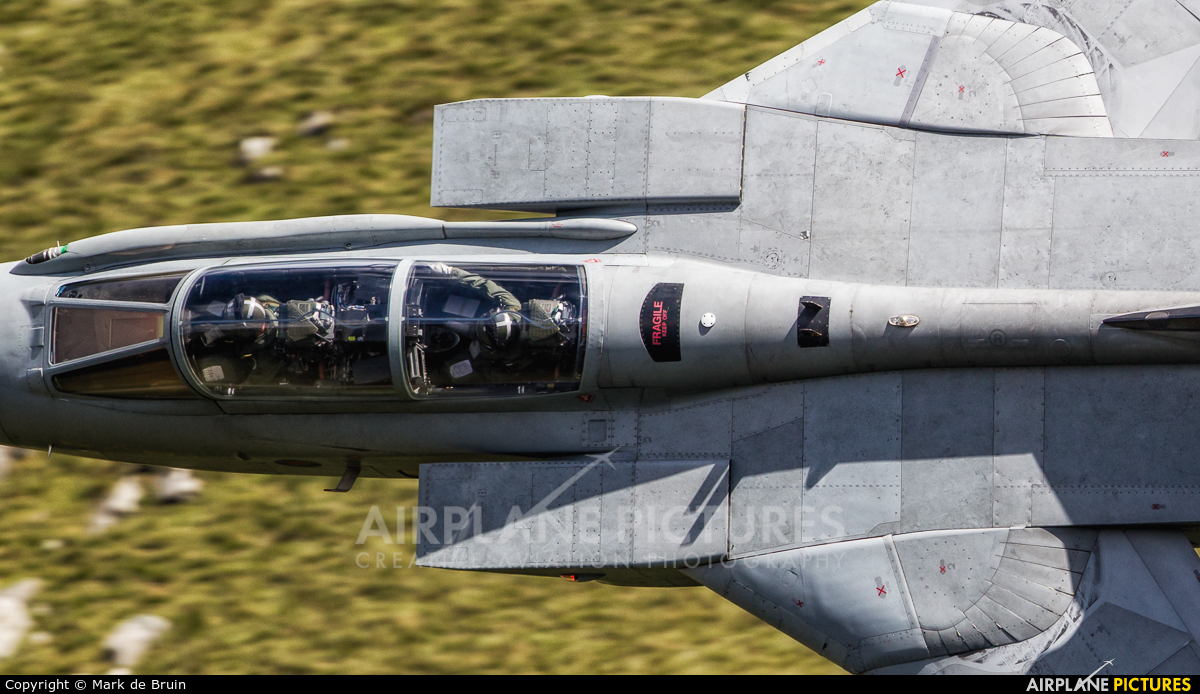 Royal Air Force - aircraft at Machynlleth LFA7