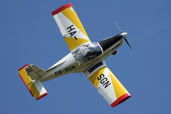 HA-SGN - Private Zlín Aircraft Z-142