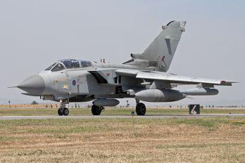 ZD847 - Royal Air Force Panavia Tornado GR.4 / 4A