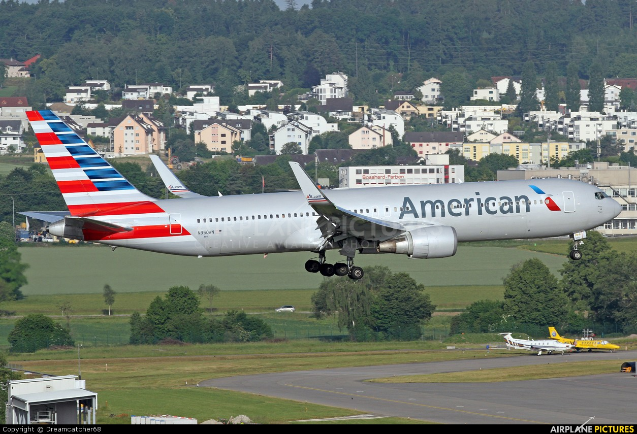 American Airlines N350AN aircraft at Zurich
