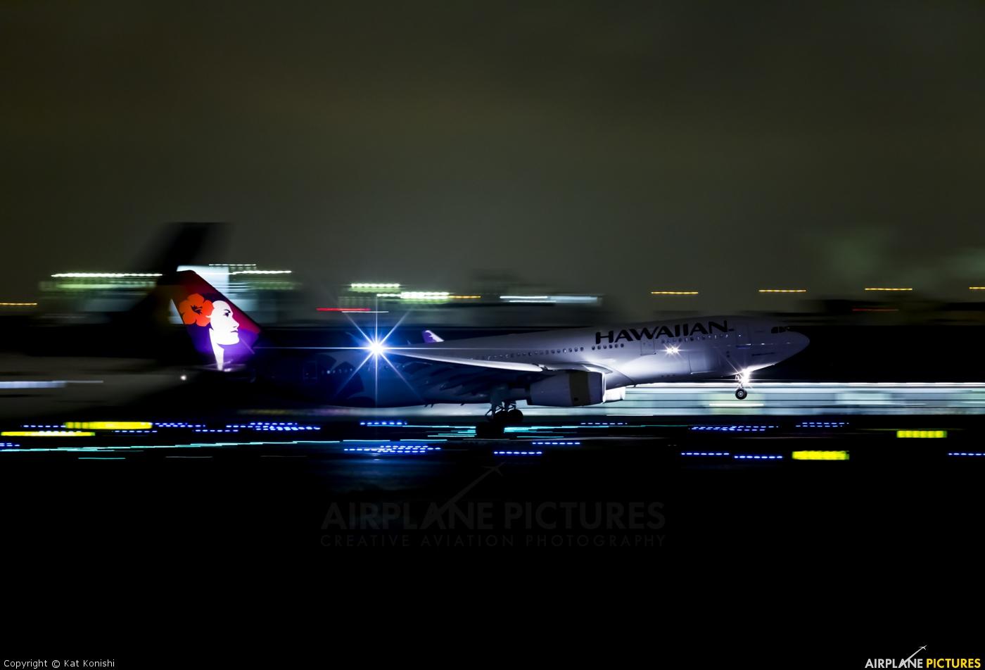 Hawaiian Airlines N370HA aircraft at Tokyo - Haneda Intl
