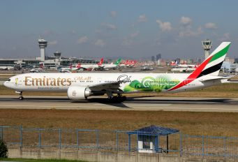 A6-EGE - Emirates Airlines Boeing 777-300ER