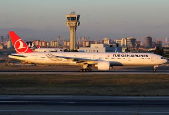 VT-JEN - Turkish Airlines Boeing 777-300ER