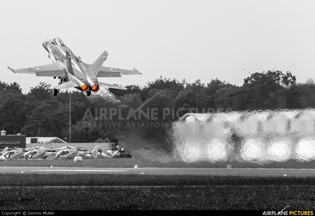 Switzerland - Air Force J-5005 aircraft at Gilze-Rijen