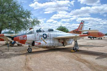 814 - USA - Air Force Rockwell T-2C Buckeye