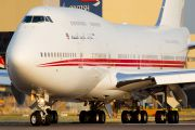 A6-COM - United Arab Emirates - Government Boeing 747-400 aircraft