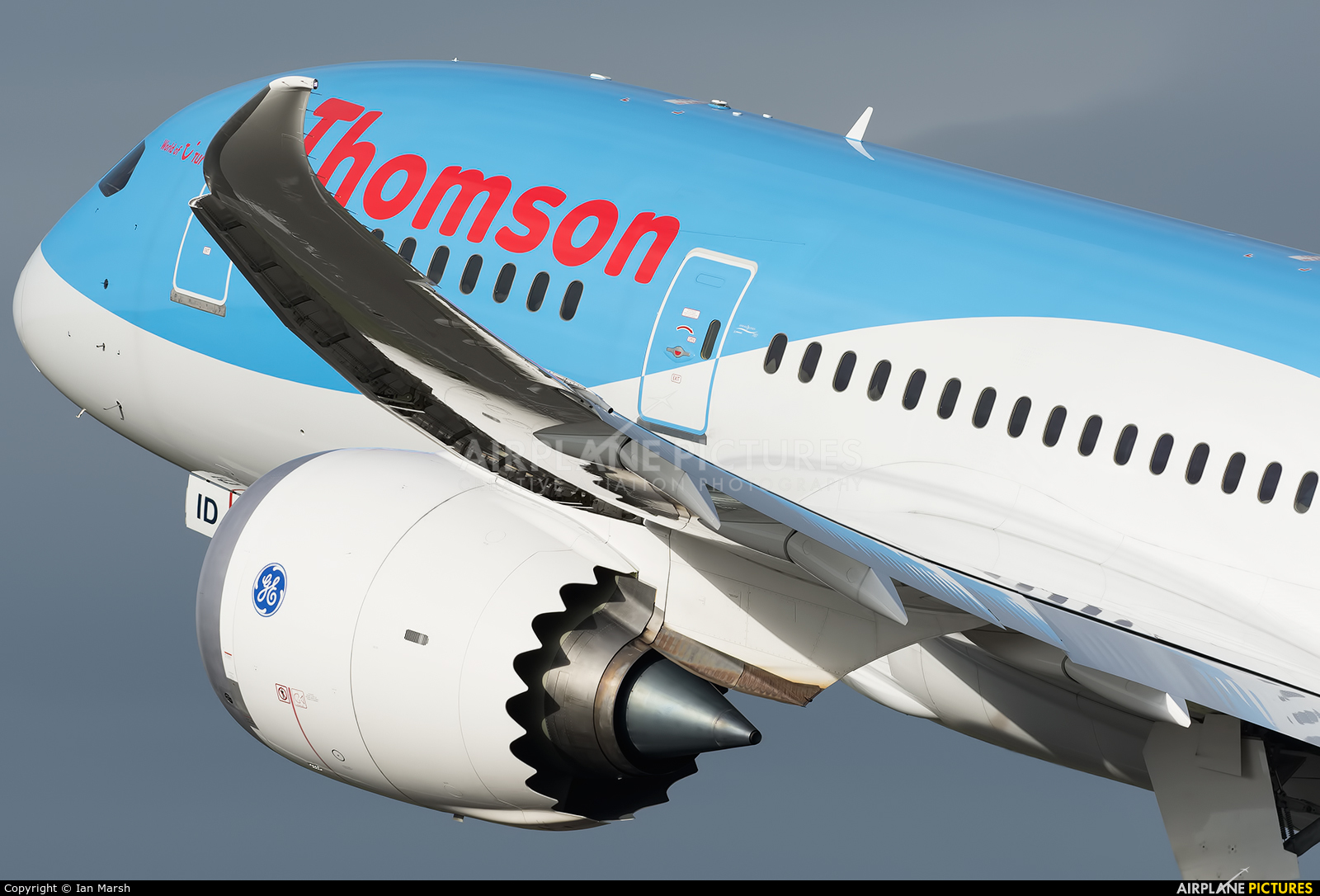 Thomson/Thomsonfly G-TUID aircraft at Manchester