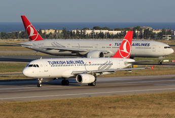 TC-JPA - Turkish Airlines Airbus A320