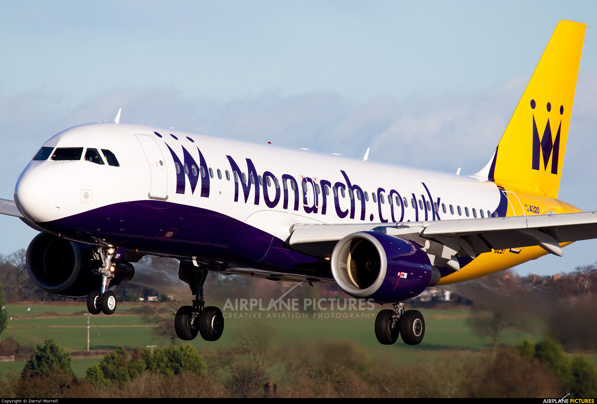 Monarch Airlines G-OZBY aircraft at London - Luton