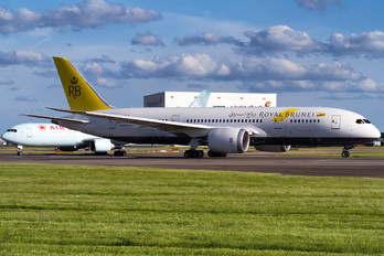 V8-DLB - Royal Brunei Airlines Boeing 787-8 Dreamliner