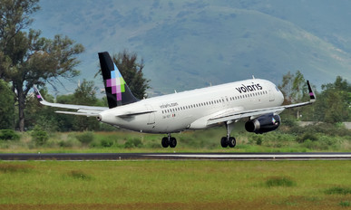 XA-VOY - Volaris Airbus A320