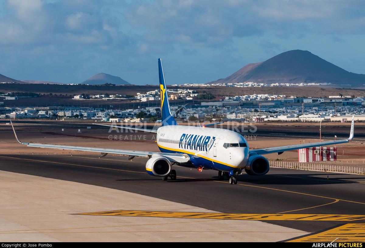 Ryanair EI-DWI aircraft at Lanzarote - Arrecife