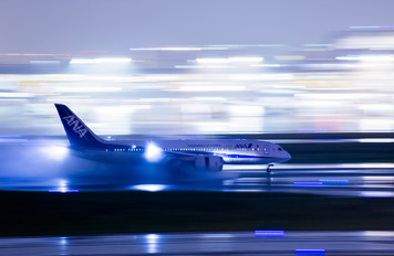 JA807A - ANA - All Nippon Airways Boeing 787-8 Dreamliner