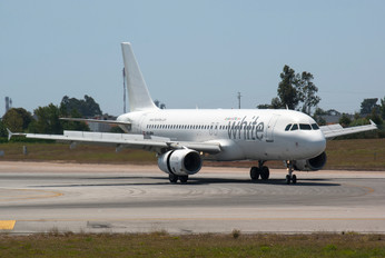 OE-IDN - White Airways Airbus A320