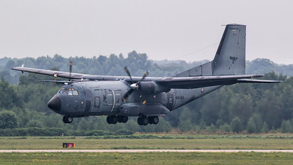 64-GA - France - Air Force Transall C-160R