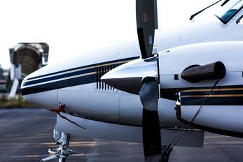 HB-GPH - Private Beechcraft 200 King Air