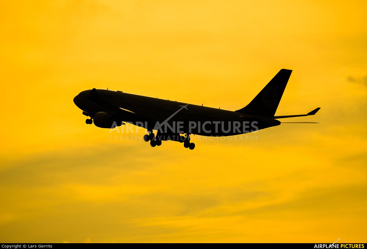 Turkish Airlines TC-JNG aircraft at Düsseldorf