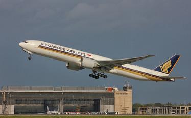 9V-SWE - Singapore Airlines Boeing 777-300ER
