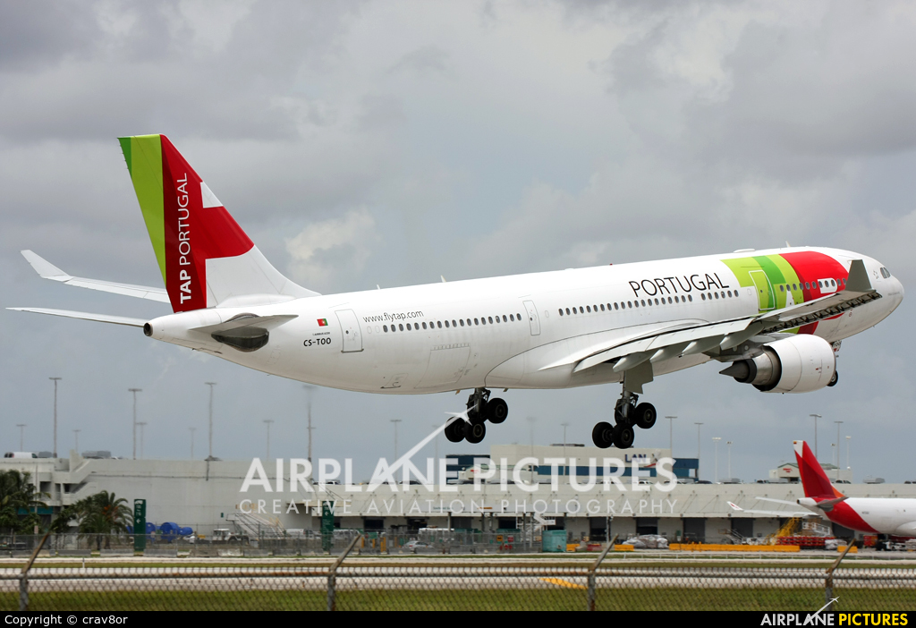 TAP Portugal CS-TOO aircraft at Miami Intl
