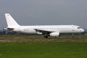 OE-IDP - White Airways Airbus A320