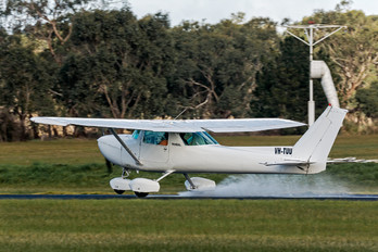 VH-TUU - Private Cessna 150