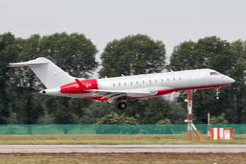 HB-JEH - Albinati Aéronautics Bombardier BD-700 Global 6000