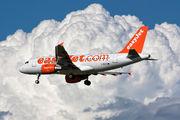 G-EZGG - easyJet Airbus A319 aircraft