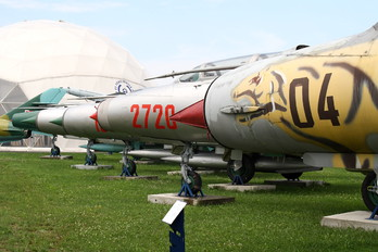 - - Poland - Air Force - Airport Overview - Museum, Memorial
