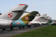 - - Poland - Air Force - Airport Overview - Museum, Memorial aircraft