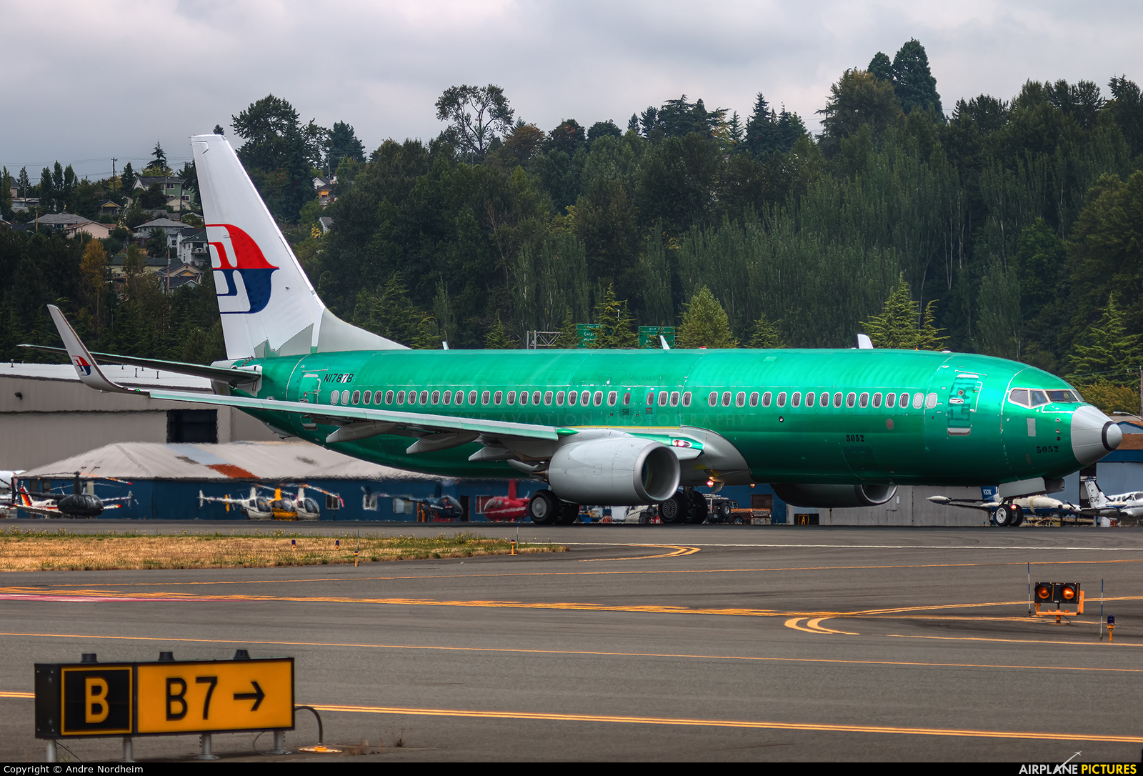 Malaysia Airlines N1787B aircraft at Seattle - Boeing Field / King County Intl