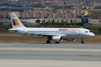 EC-HTB - Iberia Express Airbus A320