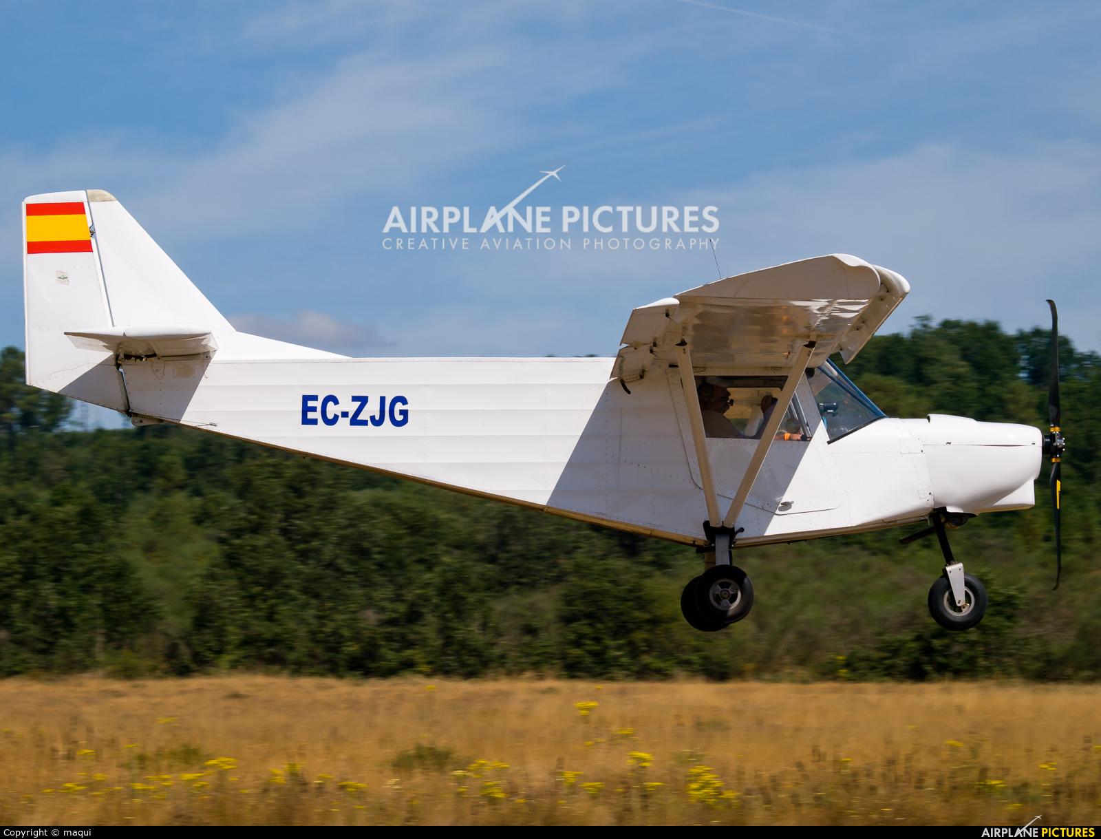 """Private EC-ZJG aircraft at Campo de vuelo """"As Lamas"""""""