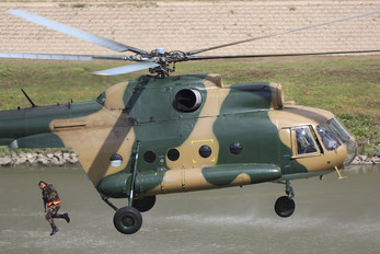 3305 - Hungary - Air Force Mil Mi-8T