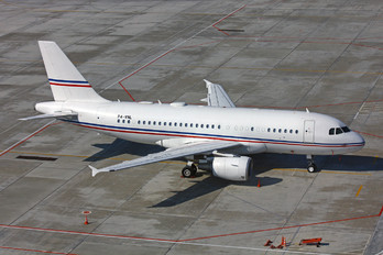P4-VNL - Global Jet Luxembourg Airbus A319 CJ