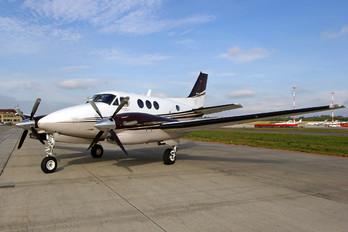 D-IXAA - Private Beechcraft 90 King Air