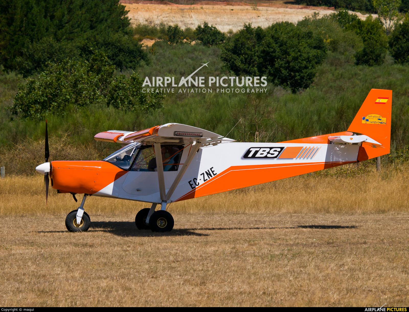 """Private EC-ZNE aircraft at Campo de vuelo """"As Lamas"""""""