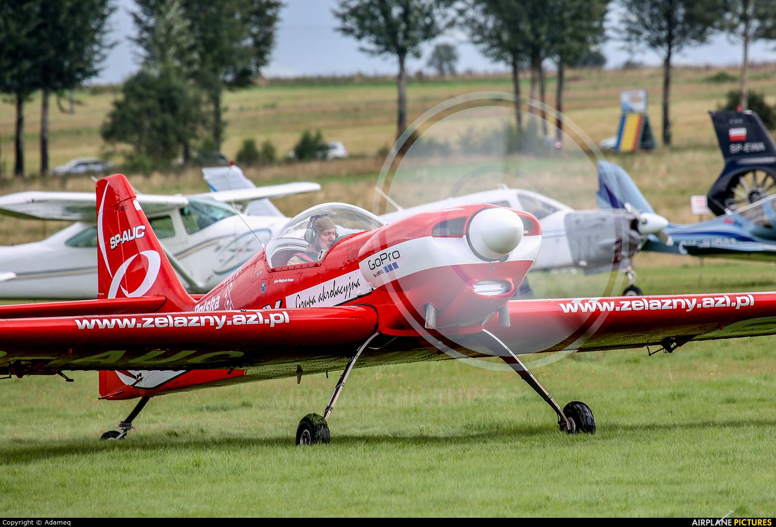 Grupa Akrobacyjna Żelazny - Acrobatic Group SP-AUC aircraft at Nowy Targ