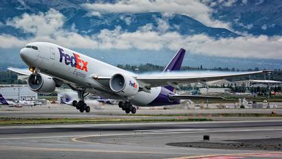 N861FD - FedEx Federal Express Boeing 777F