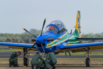 """- - Brazil - Air Force """"Esquadrilha da Fumaça"""" Embraer EMB-314 Super Tucano A-29A"""