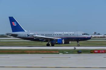 N855UA - United Airlines Airbus A319