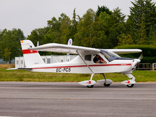 EC-FC5 - Private Tecnam P92 Echo, JS & Super