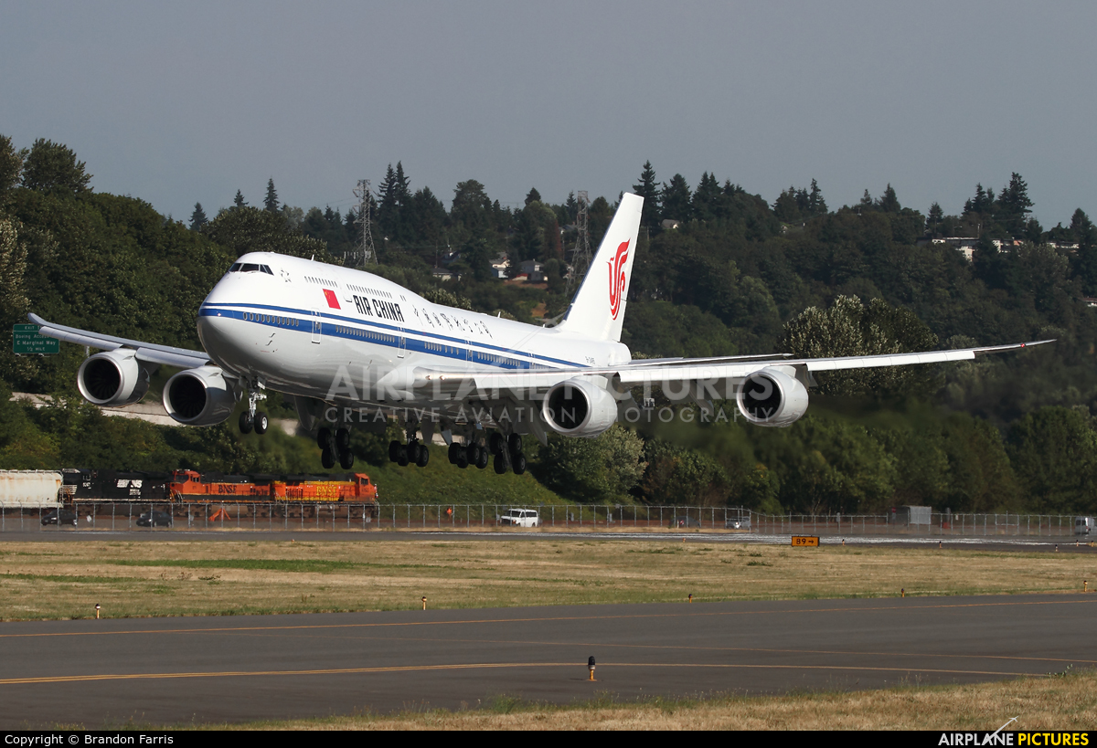Second Use Seattle >> B-2485 - Air China Boeing 747-8 at Seattle - Boeing Field / King County Intl | Photo ID 438842 ...