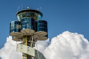 - - - Airport Overview - Airport Overview - Control Tower aircraft