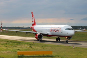 D-ABCK - Air Berlin Airbus A321