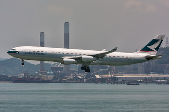 B-HXI - Cathay Pacific Airbus A340-300