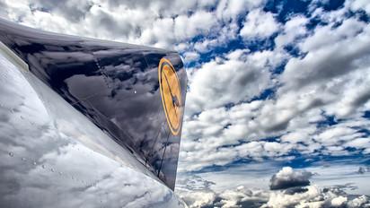 D-AIZQ - Lufthansa Airbus A320