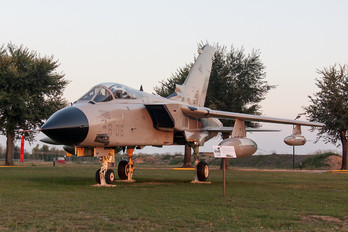 MM7046 - Italy - Air Force Panavia Tornado - IDS