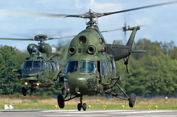 7335 - Poland - Army Mil Mi-2