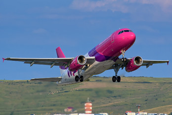 HA-LWI - Wizz Air Airbus A320