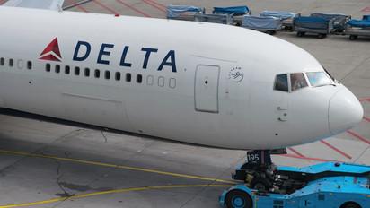 N195DN - Delta Air Lines Boeing 767-300ER